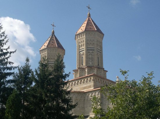 Church of the Three Hierarchs: outside 2