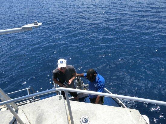 Nautilus Scuba : Water temp 28C!