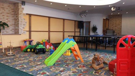 Hotel Spindlerova Bouda: Spielbereich