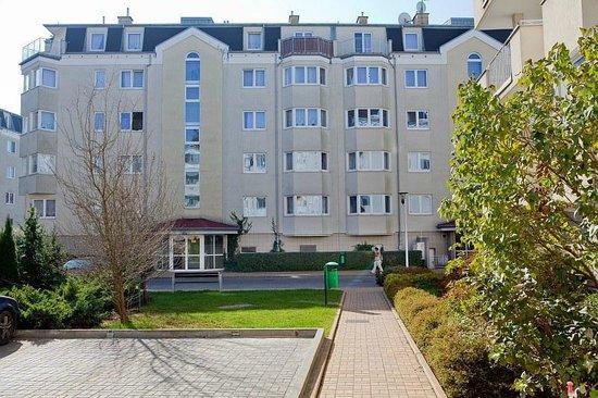 Apartment Hotel Arche: widok od strony dziedzińca