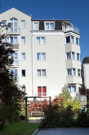 Apartment Hotel Arche: Przy huśtawce