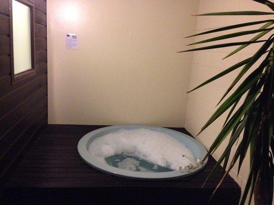 Arista of Rotorua: Ottima vasca privata ma idromasaggio non disponibile dopo le 10pm