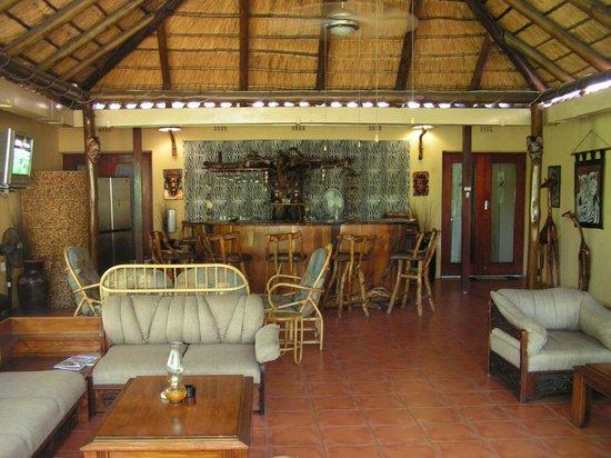 Sunbird Lodge: Bar