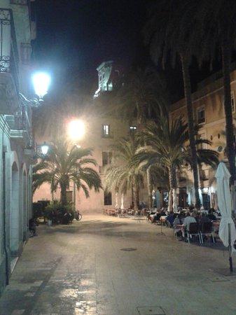 Hotel Maya Alicante: centre villle