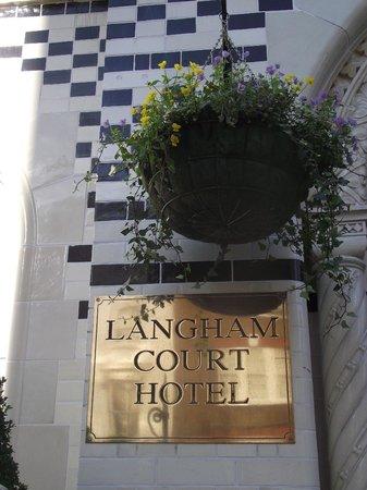 Grange Langham Court: Entrada al Hotel