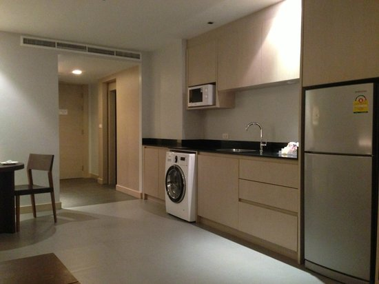 The ASHLEE Heights Patong Hotel & Suites: Love the washer / dryer