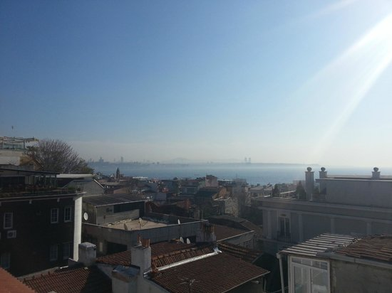 Hotel Darussaade Istanbul: rooftop view
