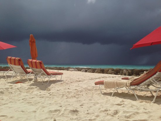 Ocean Two Resort & Residences: Our 5 minute storm brewing in paradise