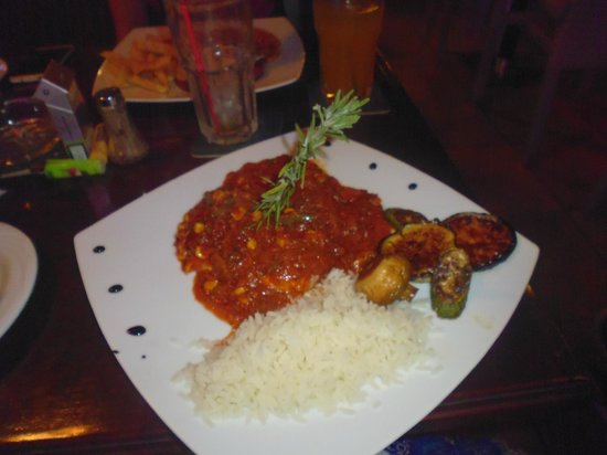 Loutsiana Hotel Apts: Spicy Chicken From Chicken section on menu