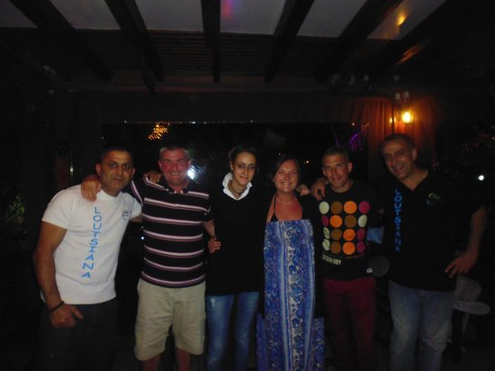 Loutsiana Hotel Apts: Bar Staff
