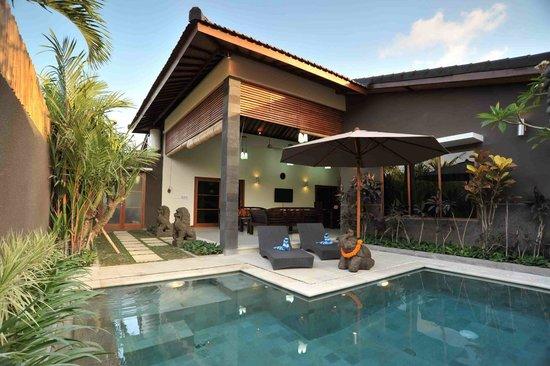 Pool 4 Bedroom Villa Picture Of Pulau Tenang Bali Villas Seminyak Tripadvisor