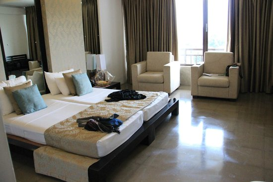 Tourmaline Hotel: Bedroom 1