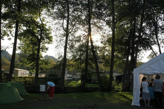 Camping Le Val de L'Aisne: Camping