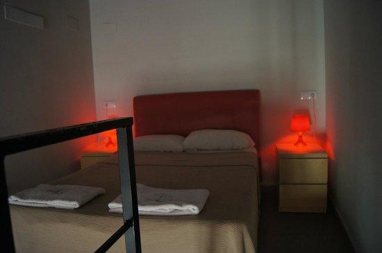 Bluemoon Apartments: Спальня на антресолях