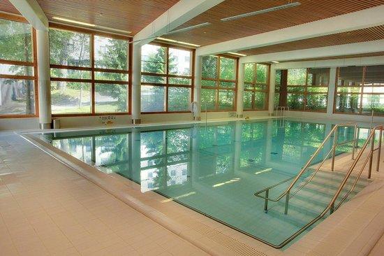 Hotelli Valo : бассейн