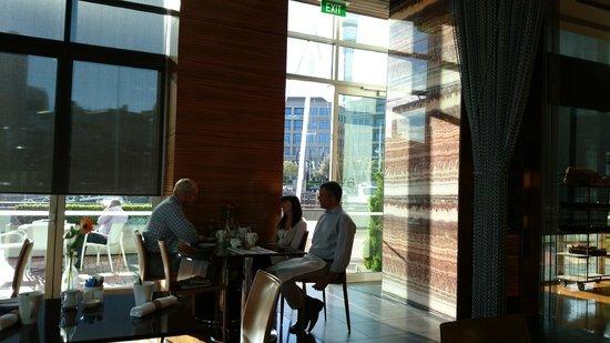 Sofitel Auckland Viaduct Harbour : Breakfast dining