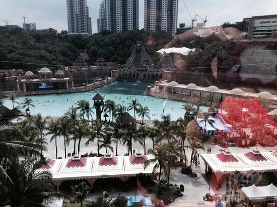 Sunway Resort Hotel & Spa: The view from room 713