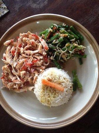 Warung Blanjong: shredded chicken