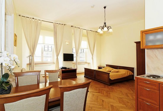 Szczepanska Apartment House