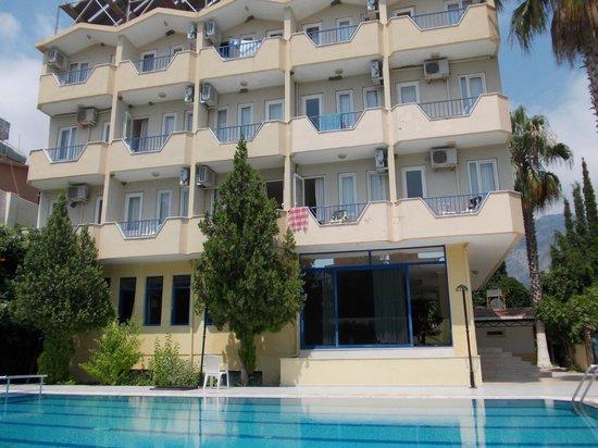 More Hotel