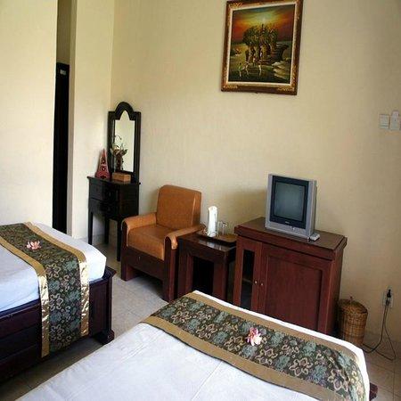 EdOTEL Denpasar : Guest Room