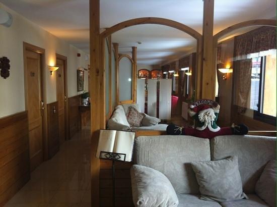 Petit Hotel: le hall