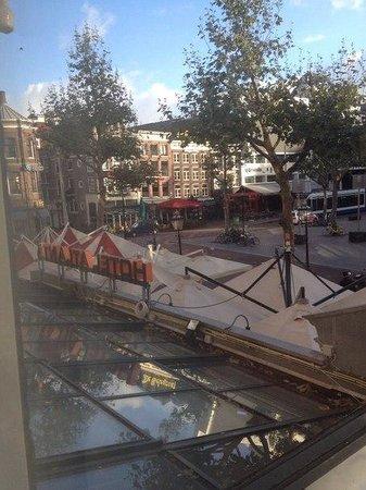Atlanta Hotel : Вид из окна на Площадь Рембрандта