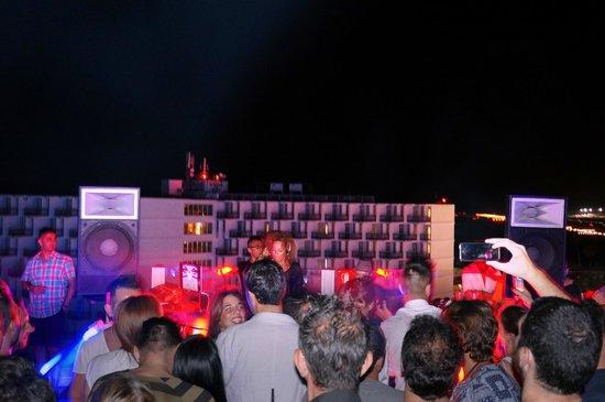 Ushuaia Ibiza Beach Club : Ushuaia Tower rooftop party