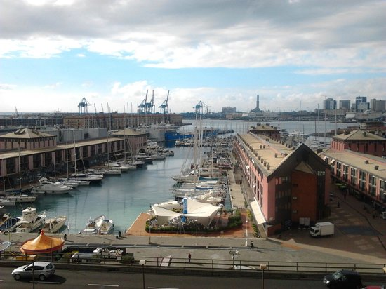La Superba Rooms & Breakfast : porto di genova