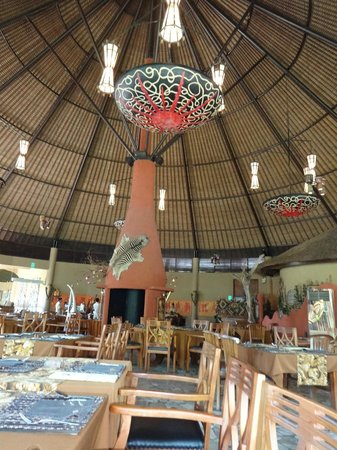 Tsavo Lion Restaurant : environment