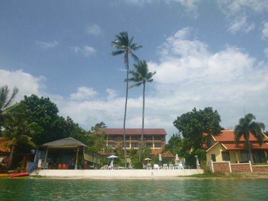 Palm Coco Mantra: The resort from the sea