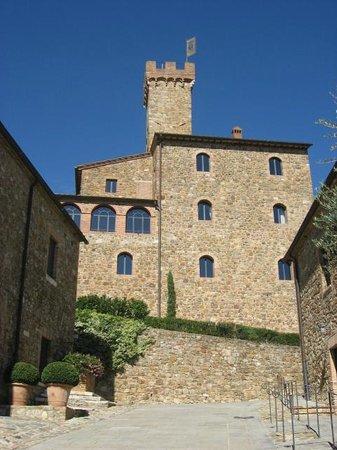 Castel Monastero: Tuscan Architecture