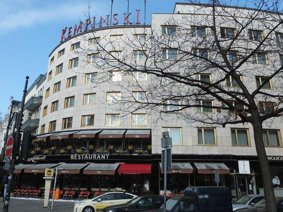 Hotel Bristol Berlin: Внешний вид отеля