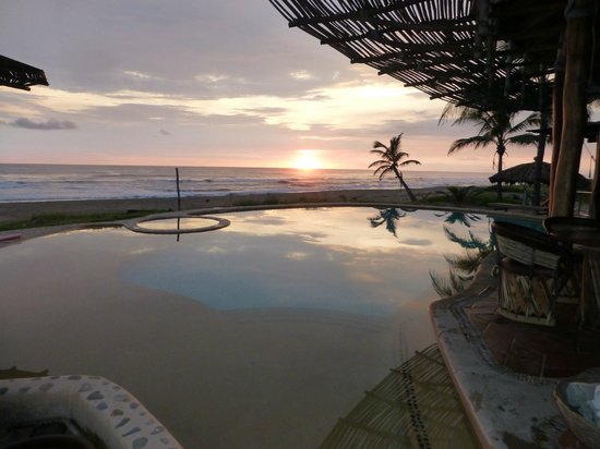 Playa Viva: Sunset over the pool