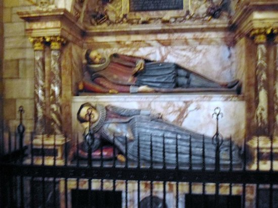 Truro Cathedral: Splendid interior features