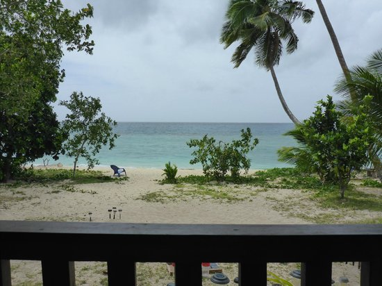 Serenity Beaches Resort: The view from the restaurant- leeward side