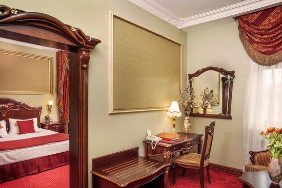 Staro Hotel: Deluxe room
