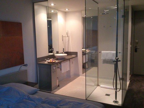 Innside by Melia Frankfurt Niederrad: Bathroom