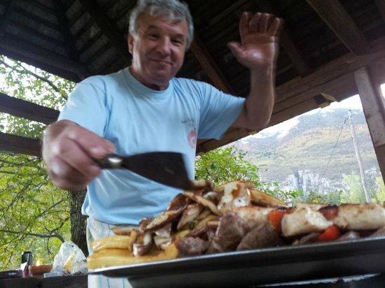 Oaza Miru: Outood dining