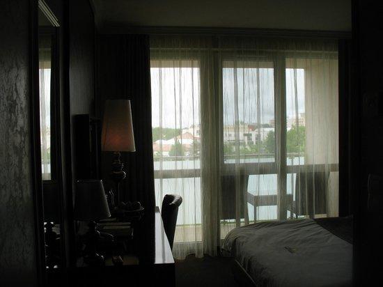 Hotel Delibab: компактный стандартный номер на двоих или одного