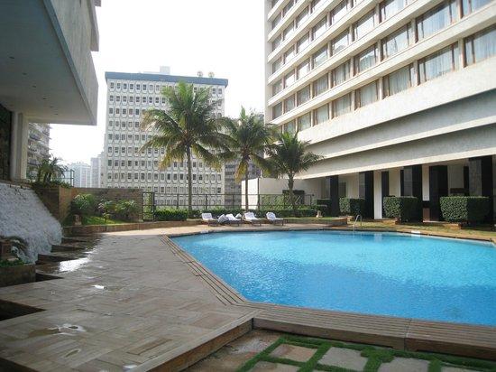 The Oberoi, Mumbai : бассейн