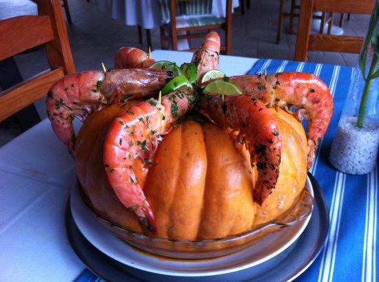 Barra do Una, SP: Camoranga Canoa , especialidade da casa , reservar mesa !
