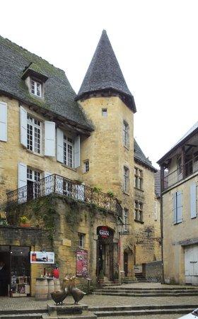 Manoir de Gisson: la façade