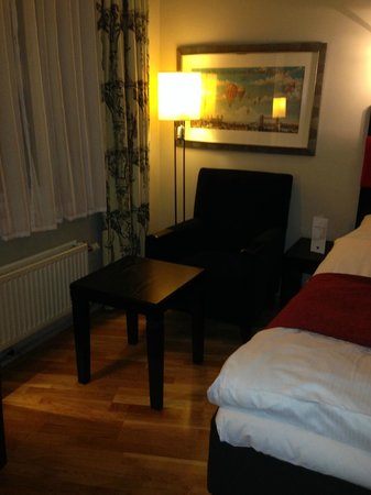 Scandic Holberg: Chair