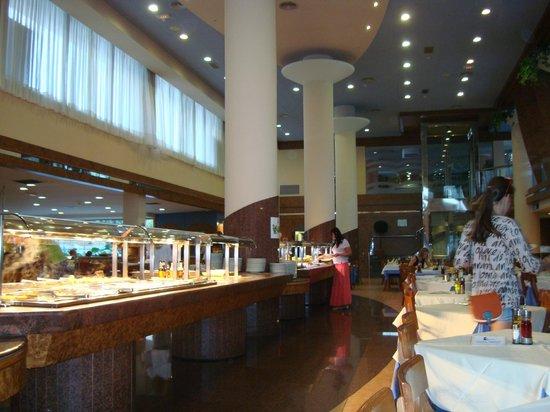 Hotel-Aparthotel Dorada Palace: Ресторан