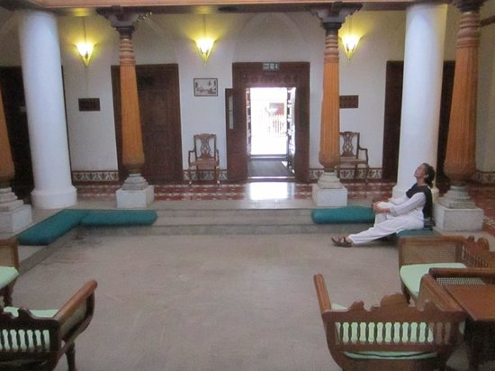 Neemrana's - La Maison Tamoule: the courtyard, now the lobby
