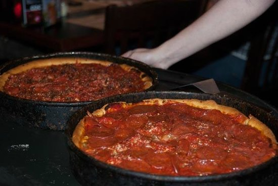 Gino's East: Chicago-style pizza