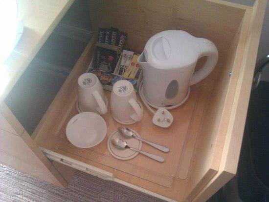 Doubletree by Hilton London - Westminster : set per il tè