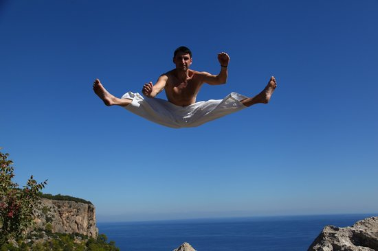 Kiris, Turkey: Прыжок