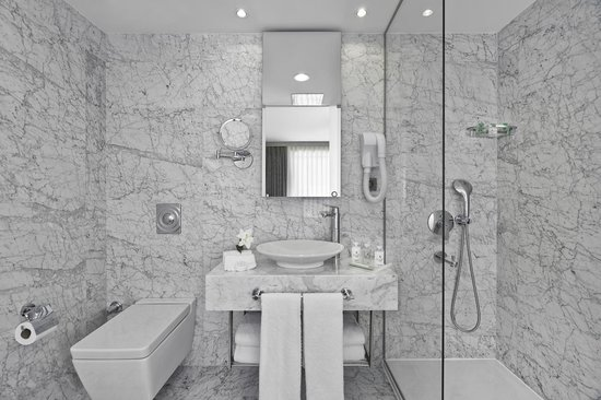 Boutique Saint Sophia Hotel: Bathroom
